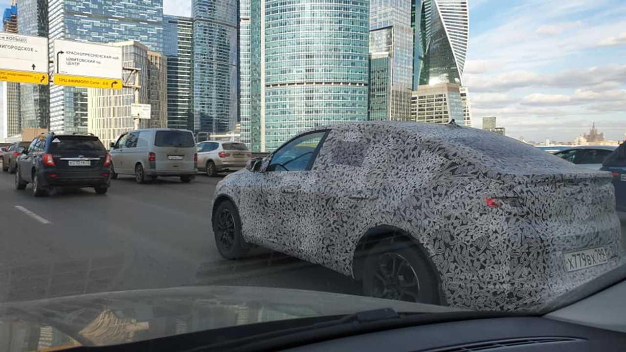 Renault Arkana на тестах в Москве
