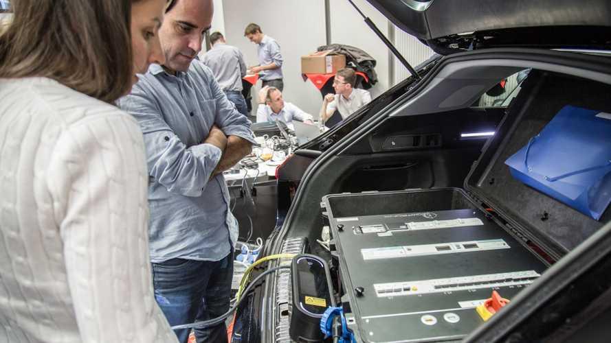 Come dialogheranno auto elettriche e infrastrutture