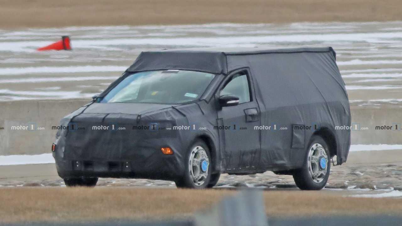 Ford Focus Tabanlı Pickup Casus Fotoğraflar