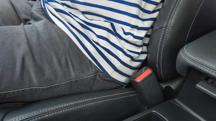 Safety organisation wants three-point penalty for not buckling up