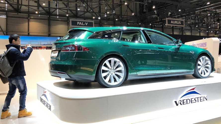Al Salone di Ginevra spunta una Tesla Model S
