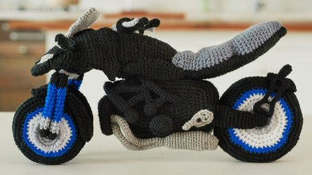 You Can Knit Your Own Yamaha Niken