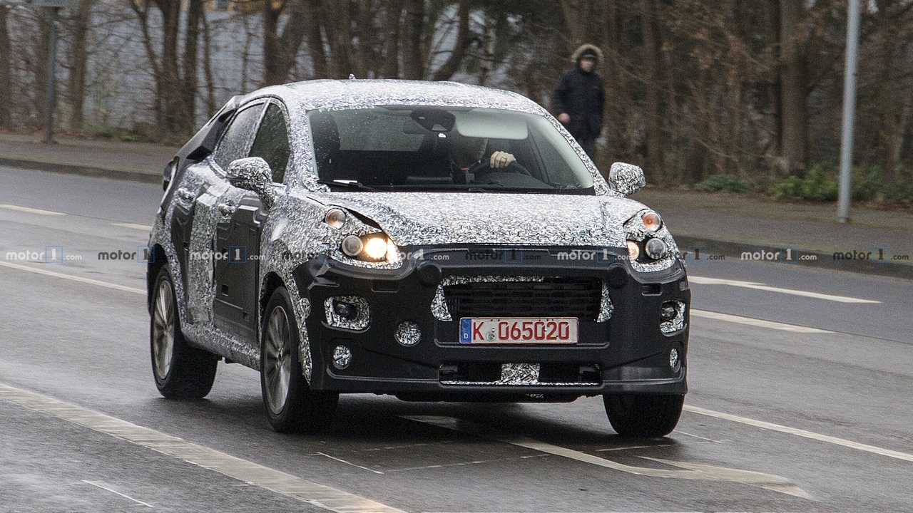 Gizemli bir Ford crossover modeli yakalandı