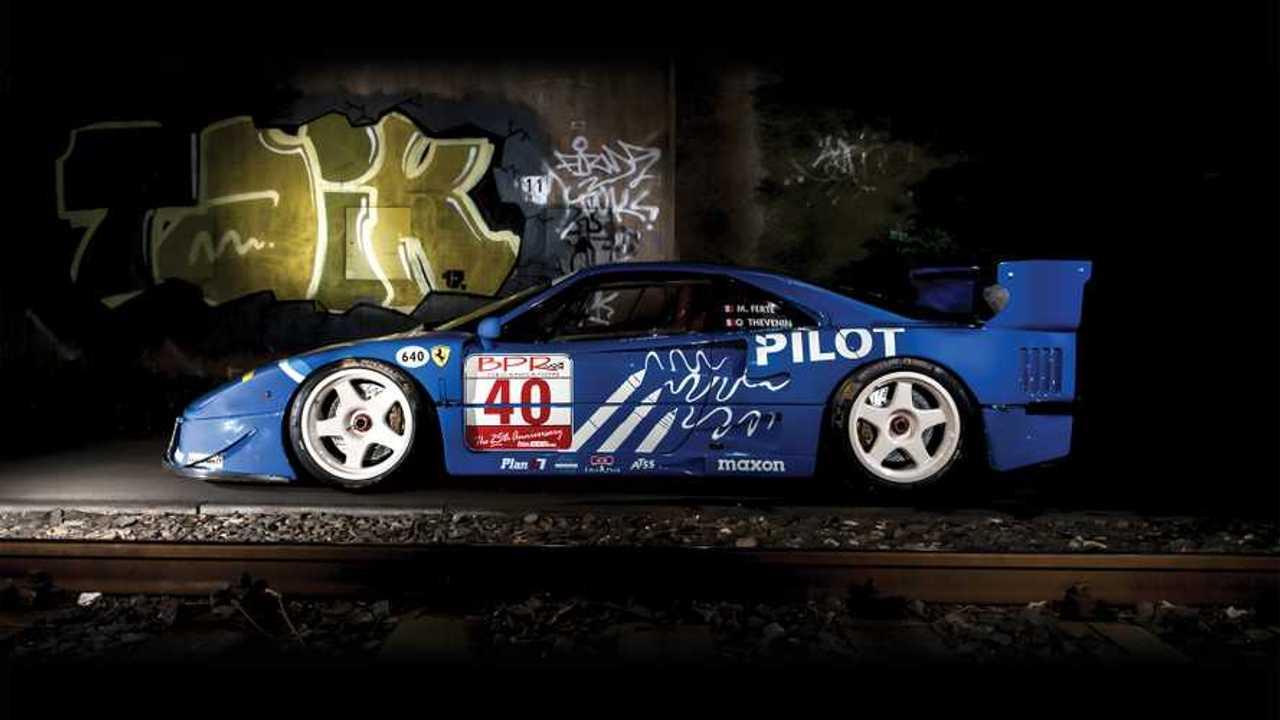 1987 Ferrari F40 LM: RM Sotheby aukciója Párizsban