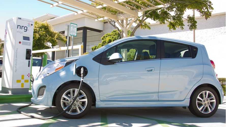 Chevrolet Presents DC Fast Charging For 2014 Spark EV (w/video)