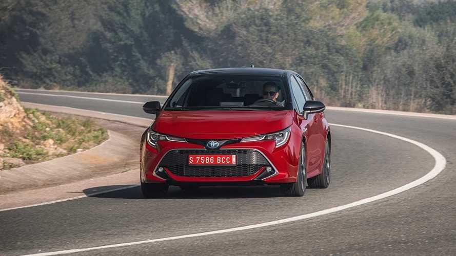 """Auto ibride e """"autoricarica"""", la Norvegia blocca la pubblicità di Toyota"""