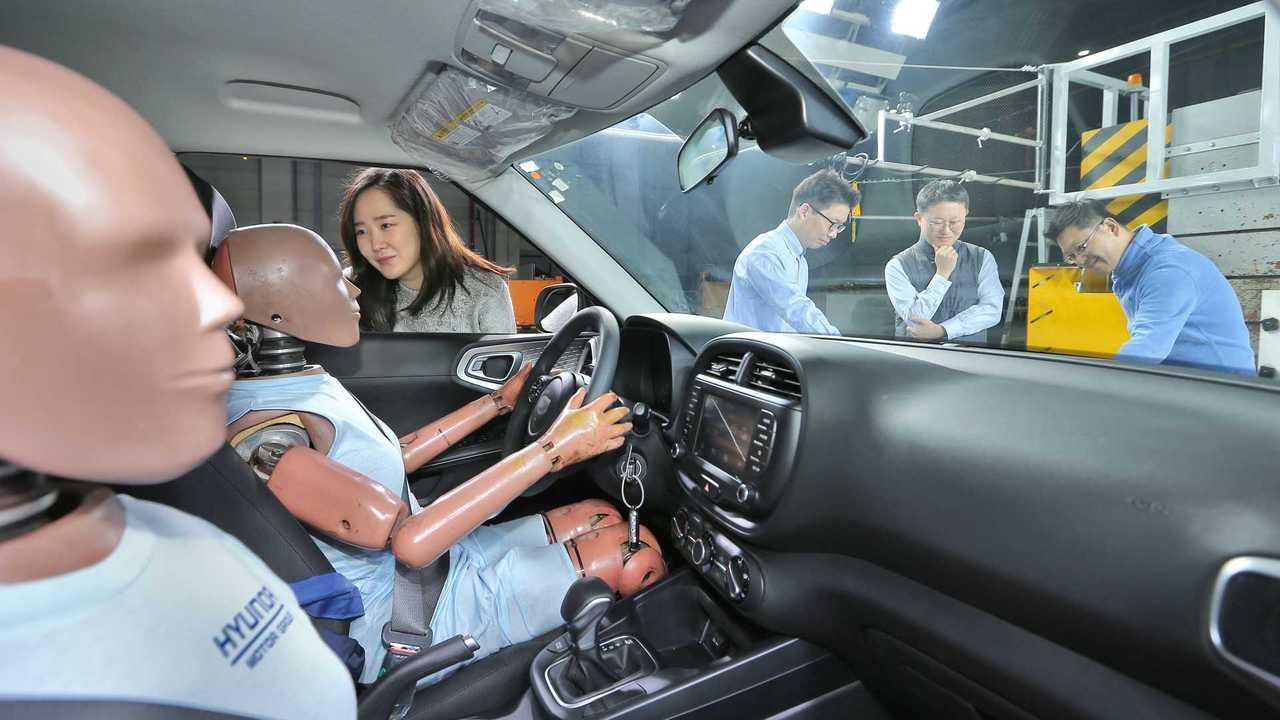 Hyundai - Sistema de airbag multi-colisão