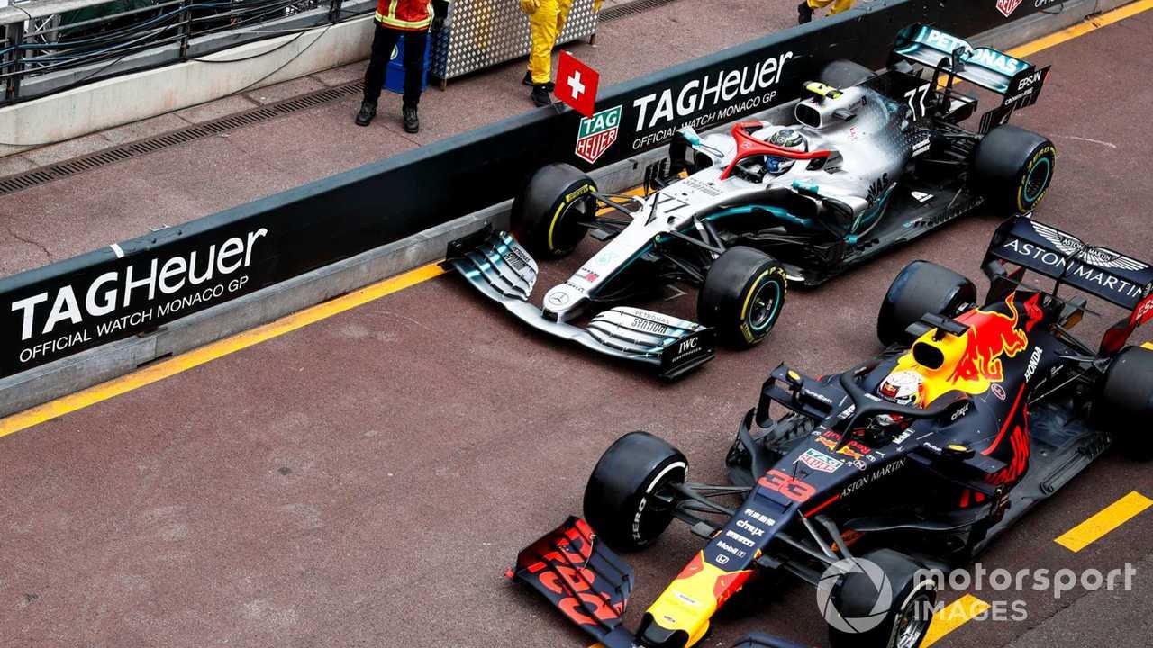 Max Verstappen and Valtteri Bottas pit lane battle at Monaco GP 2019