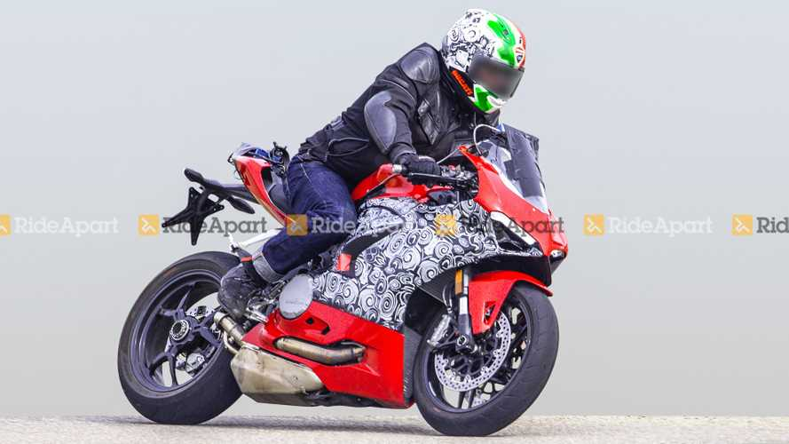 Spy Shots Ducati Panigale 959