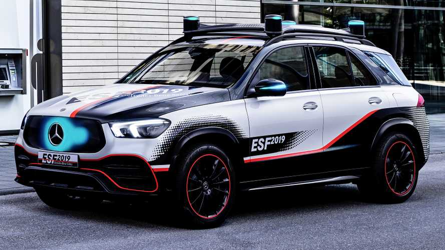 Mercedes ESF 2019, sicurezza e guida autonoma ai massimi livelli
