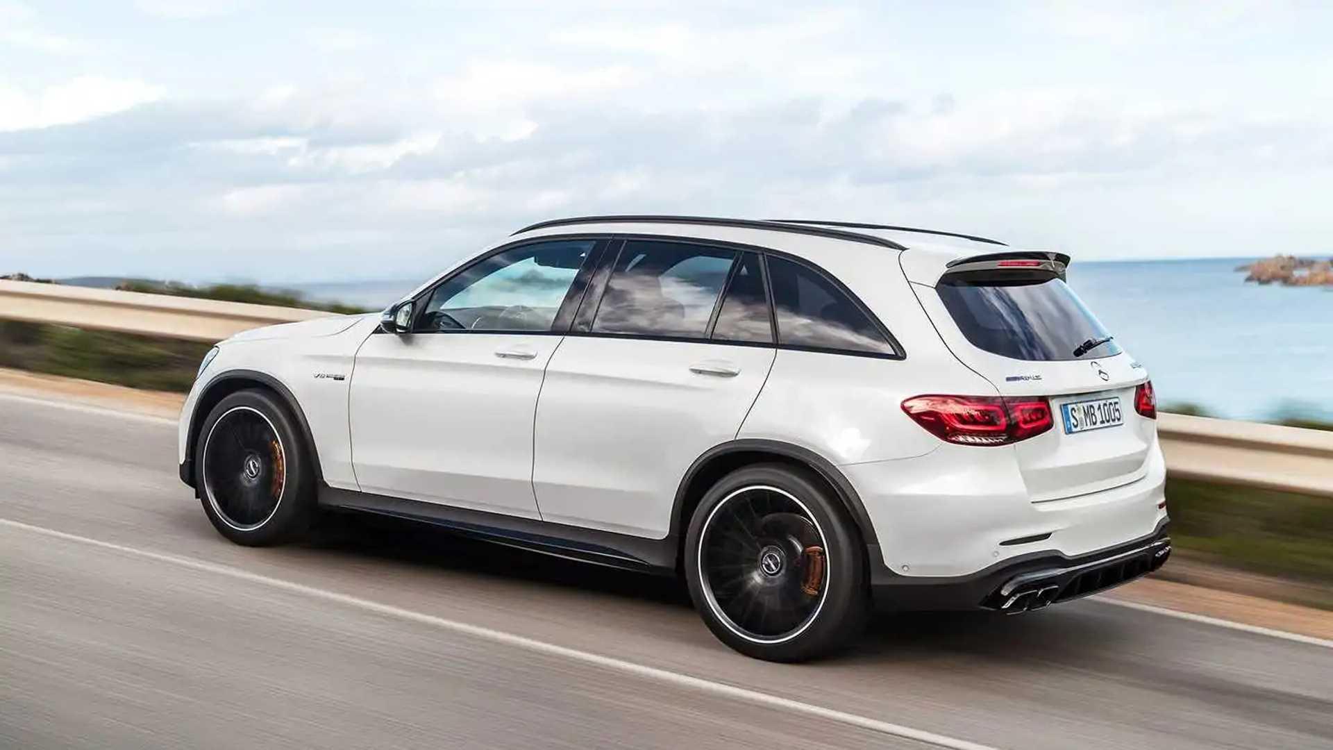 Mercedes-AMG представил мощные версии GLC 63 и GLC 63 Coupe