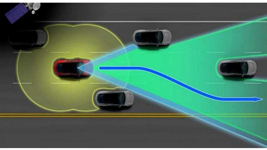 La nuova guida autonoma di Tesla con l'intelligenza artificiale