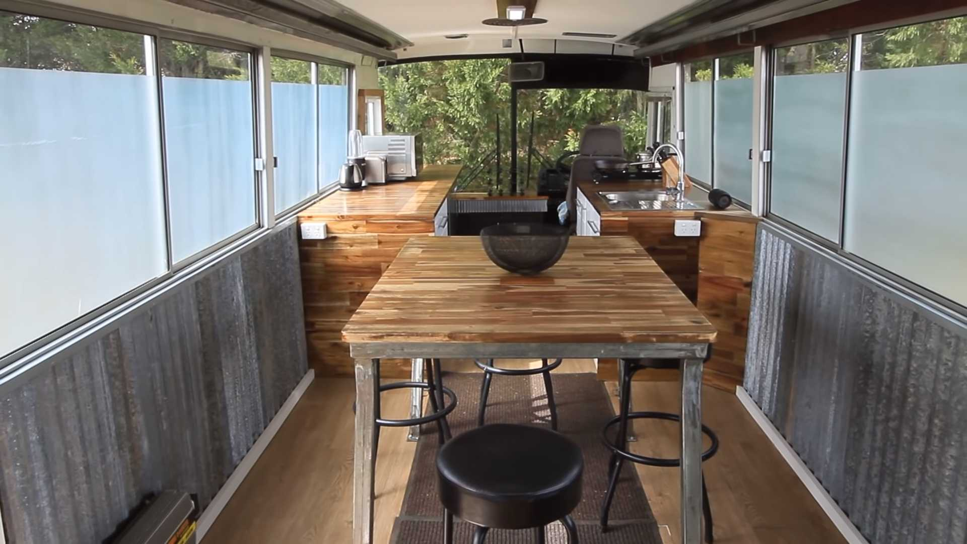 Phenomenal Bonkers Bendy Bus Rv Conversion Is Like The Tardis From Dr Who Home Interior And Landscaping Oversignezvosmurscom
