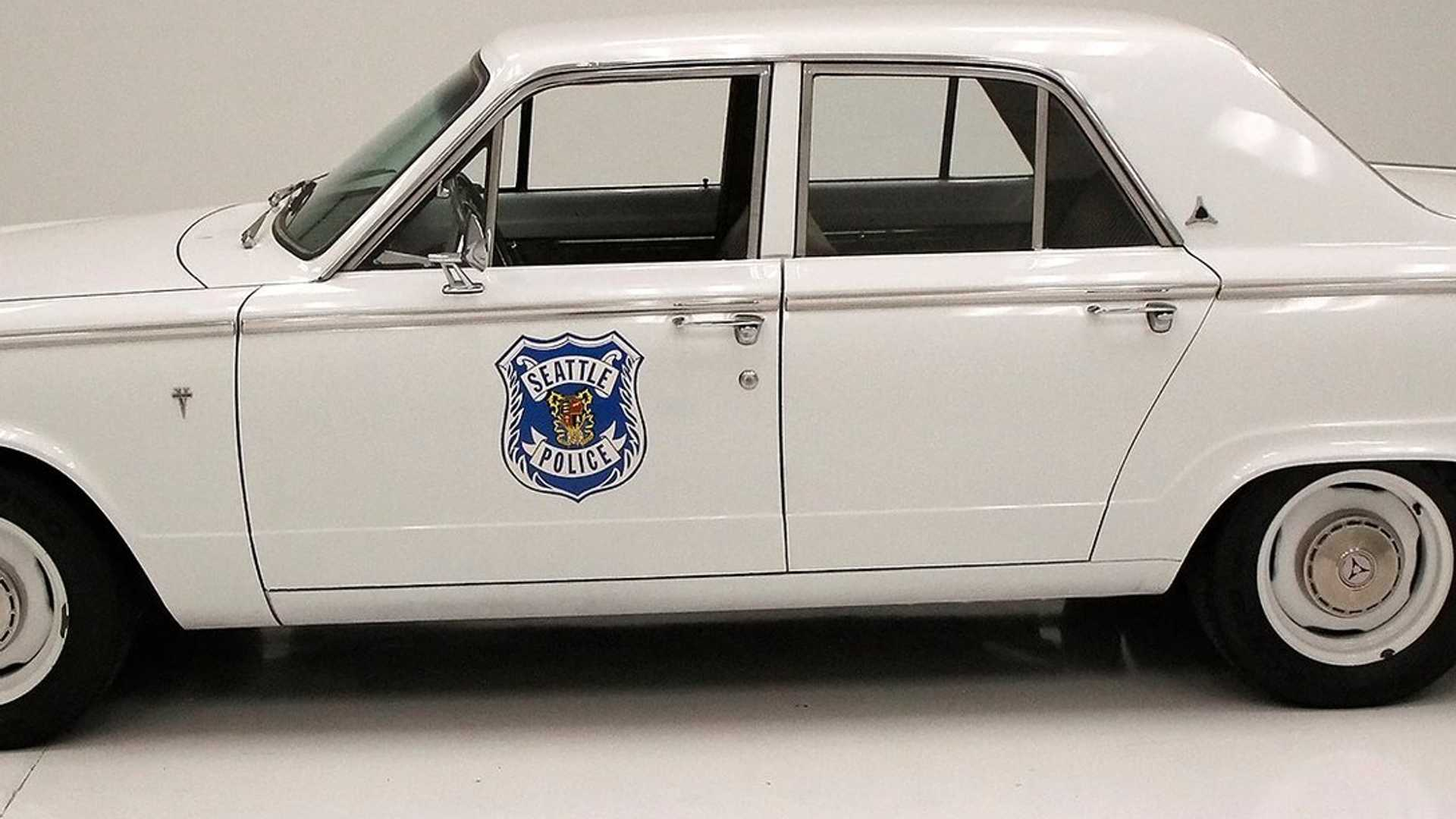 "[""1970 Dodge Dart 270 Is A Tribute To The Seattle Police Department""]"