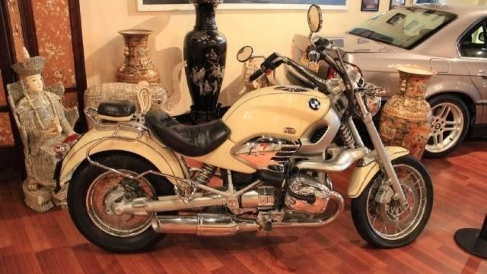 "[""Ride Hard On A 1998 BMW R1200C""]"