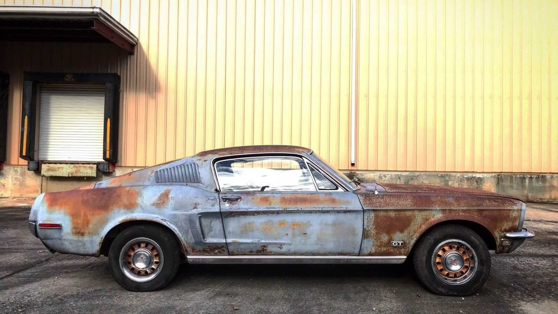 "[""1968 Ford Mustang Fastback 390 GT""]"