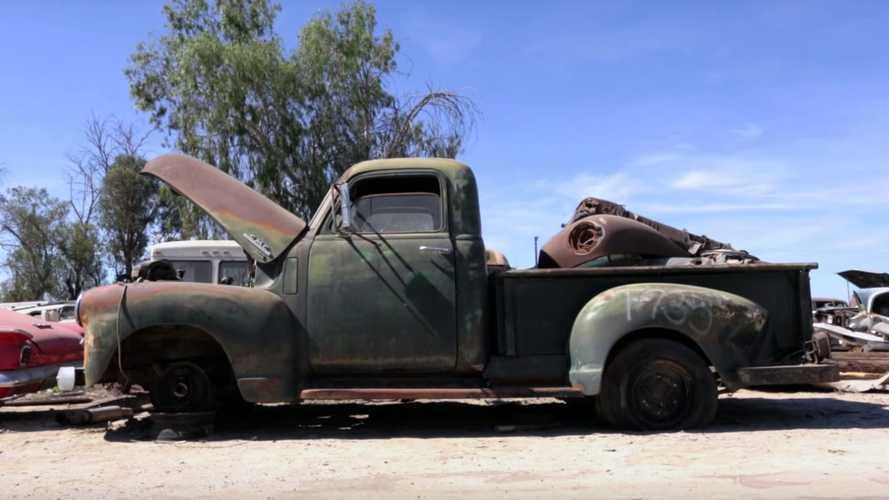 Roadkill Goes Junkyard Hunting, Bags A 1950 GMC Truck
