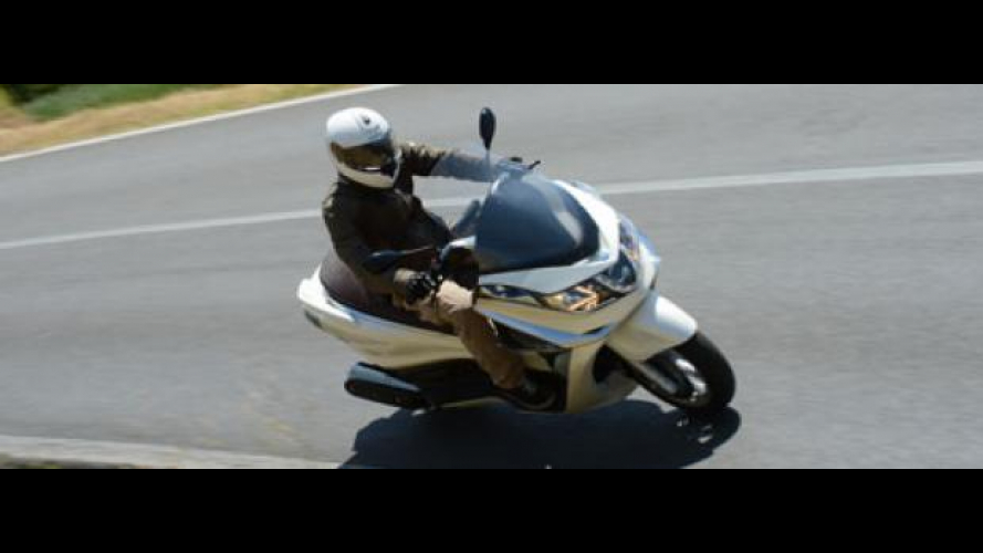 Piaggio X10 500 Executive - TEST