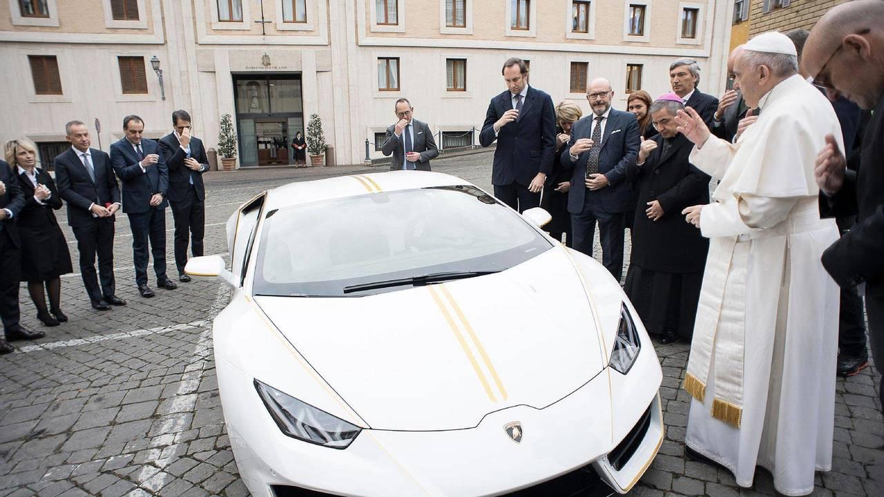 Pope Francis Signed Lamborghini Huracan
