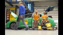 VW Golf floppt bei neuem Crashtest