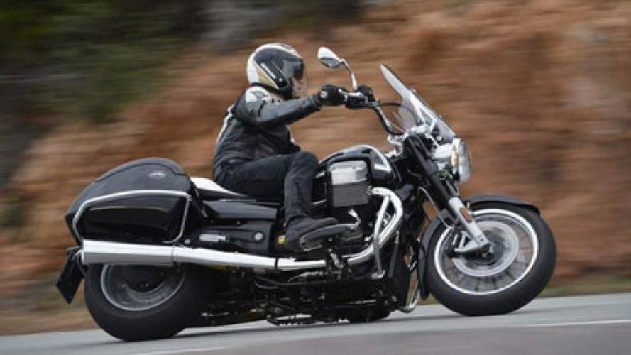 Moto Guzzi California 1400 Touring - Video Test
