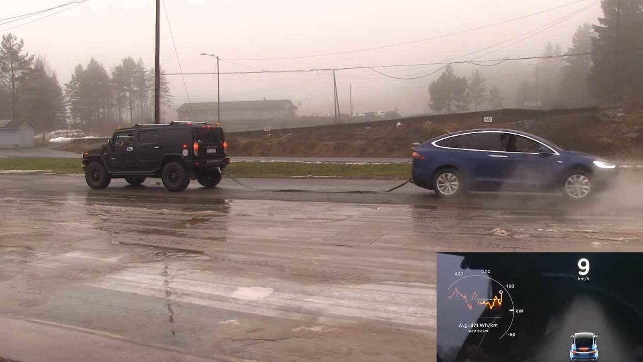 Tesla Model X Vs Hummer H2