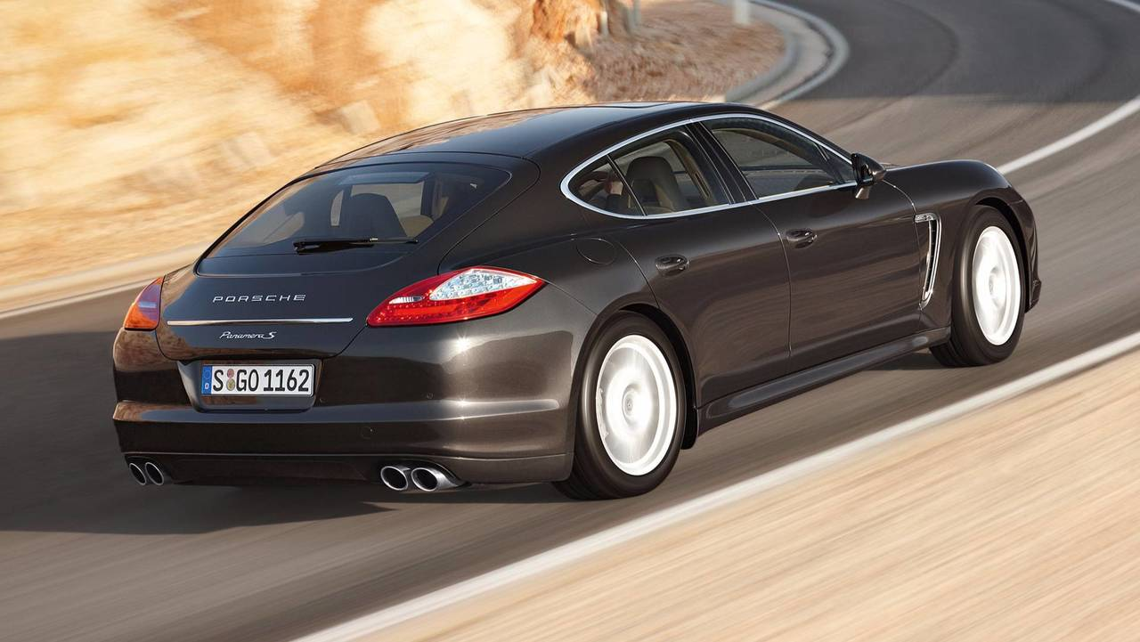 Porsche Panamera S with manual gearbox
