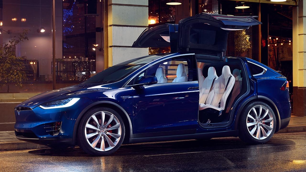 [Copertina] - Tesla aumenta le vendite, ma pesano i ritardi della Model 3