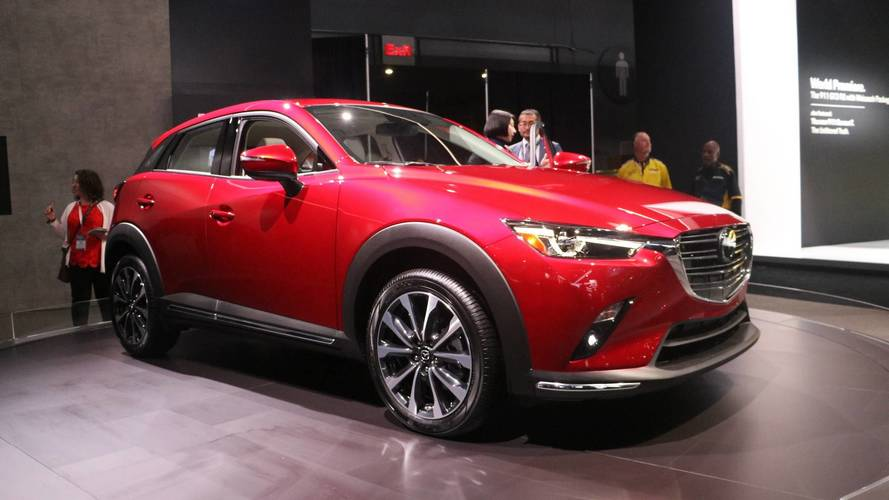 2019 mazda cx 3 debuts with 148 hp and improved interior. Black Bedroom Furniture Sets. Home Design Ideas