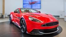 Aston Martin Vanquish S Red10