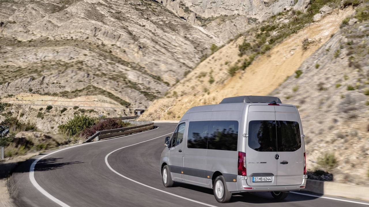 2018 Mercedes Sprinter Debuts With 1,700 Configurations For
