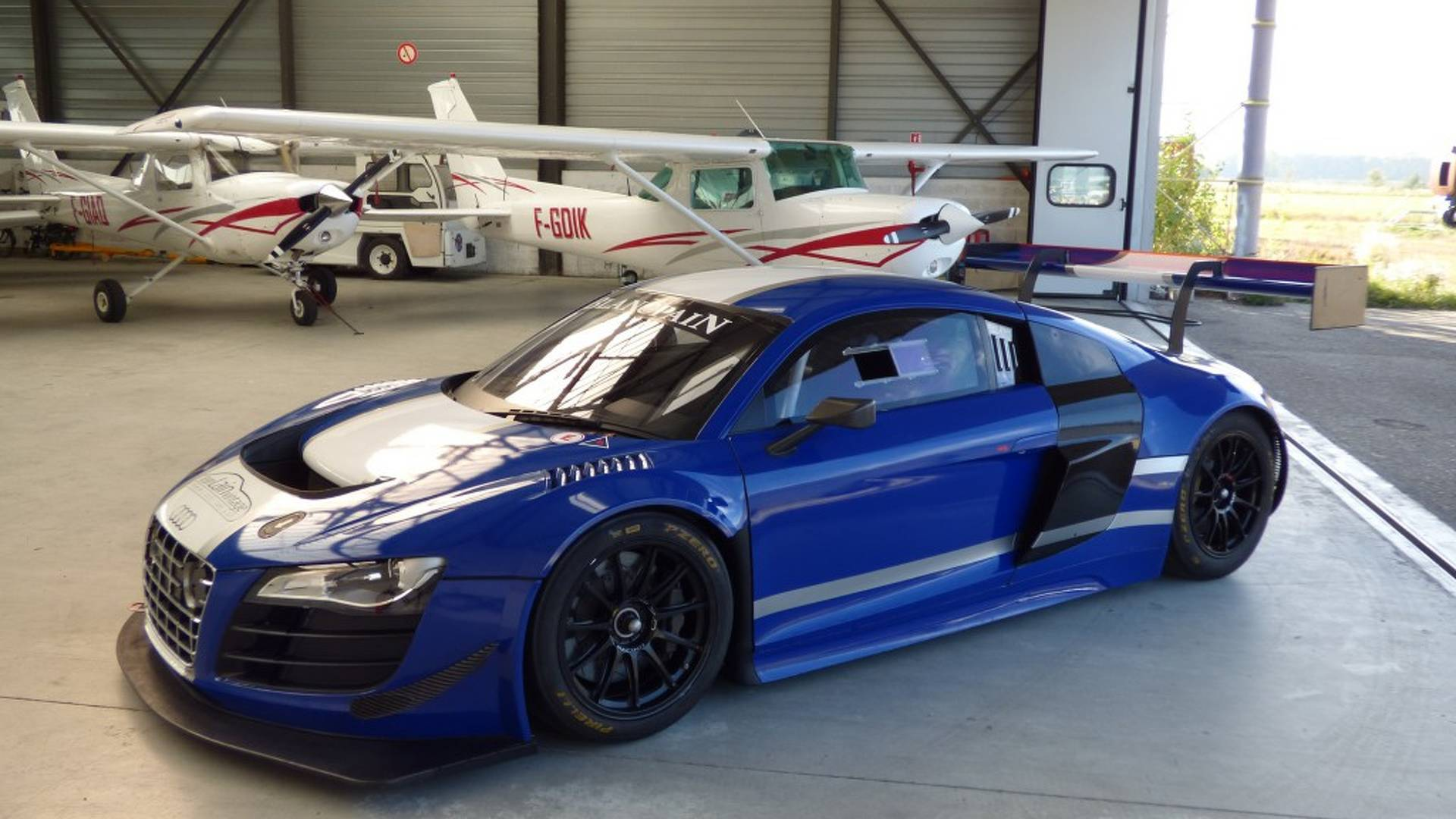 Audi R Race Car With Solid Racing Pedigree Up For Sale - Audi r8 race car for sale