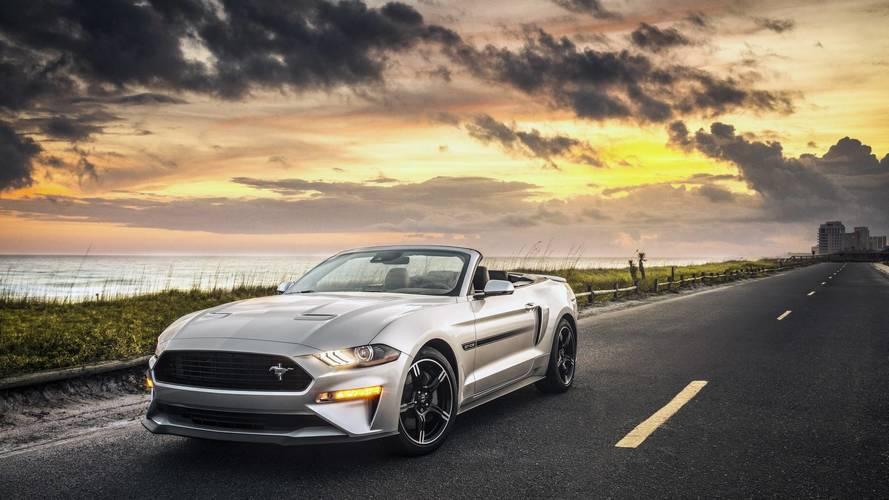 Colorado polisi eski bir Mustang'in hızına yetişememiş