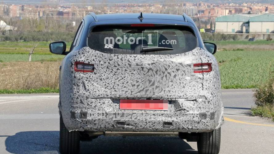 Renault Kadjar facelift spy photo