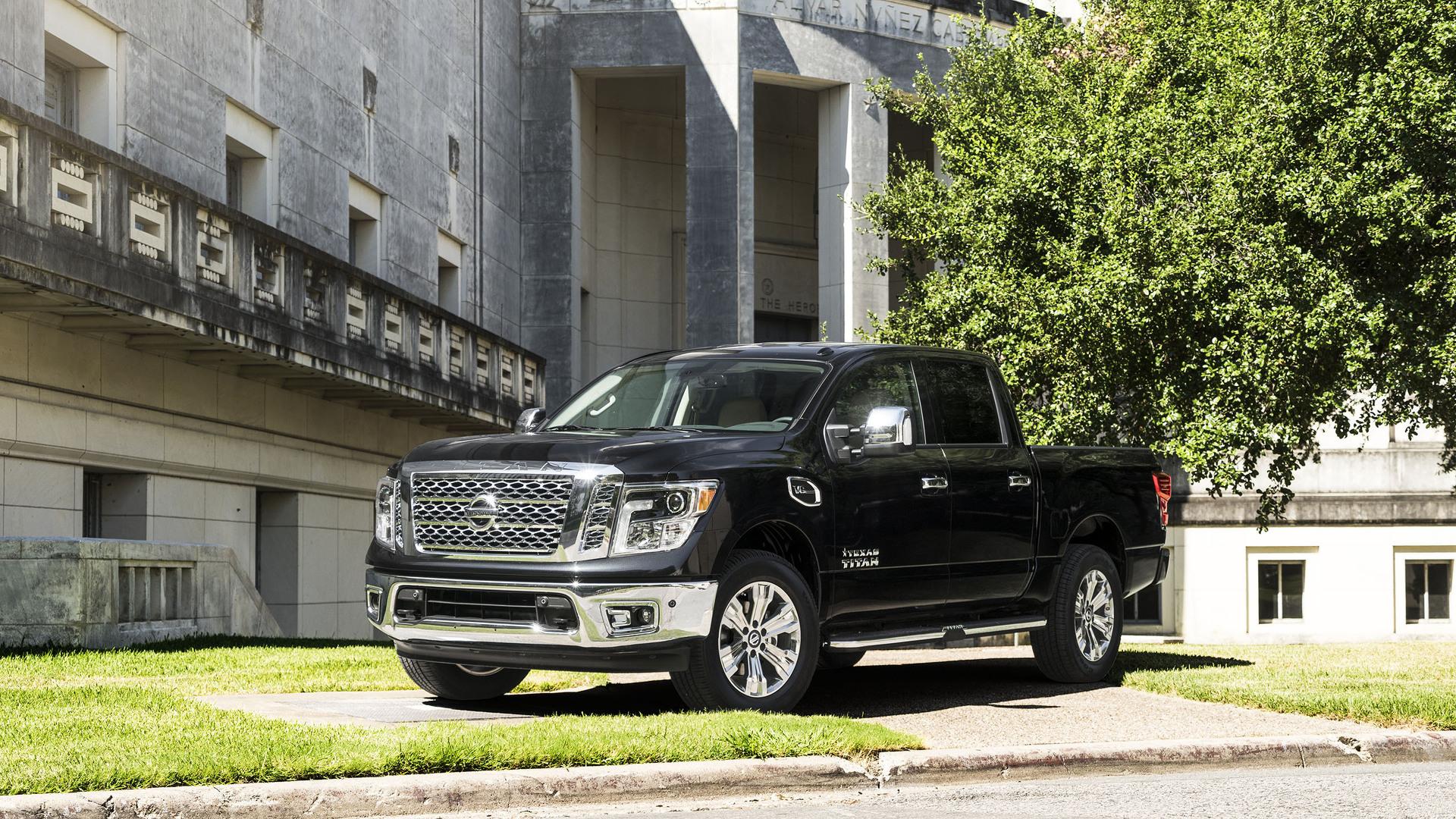 Texas Edition Trucks >> Nissan Texas Titan Edition Trucks Debut With Extra Chrome At