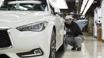 2017 Infiniti Q60 production begins