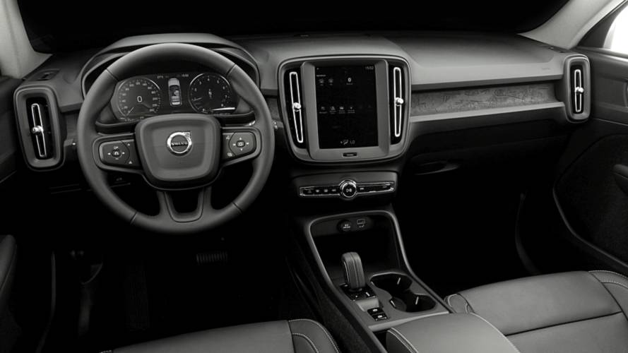 Volvo XC40 T4 - Teste BR