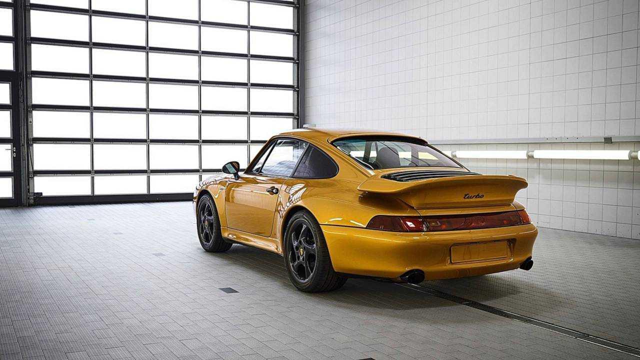 3 - Porsche 993 Project Gold