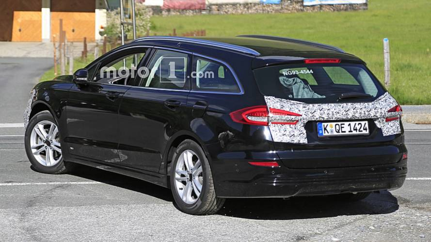Ford Mondeo Wagon facelift spy photo