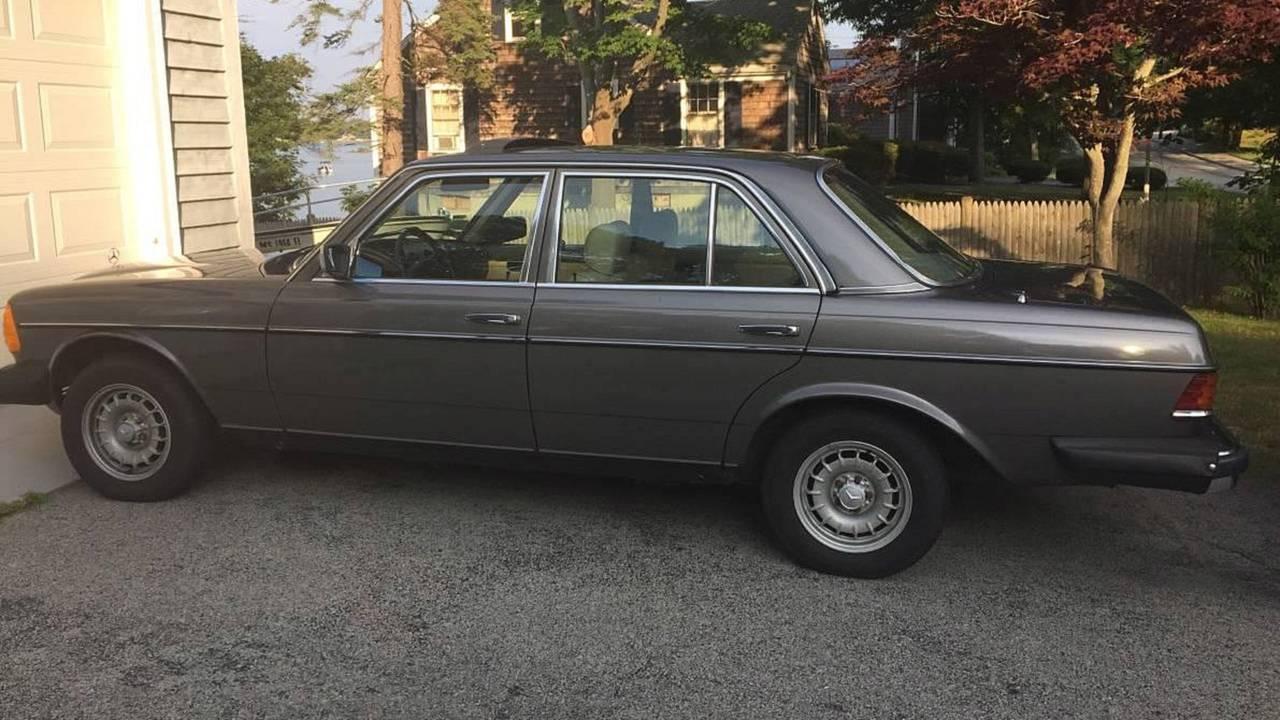1983 Mercedes-Benz 300D - $5,900