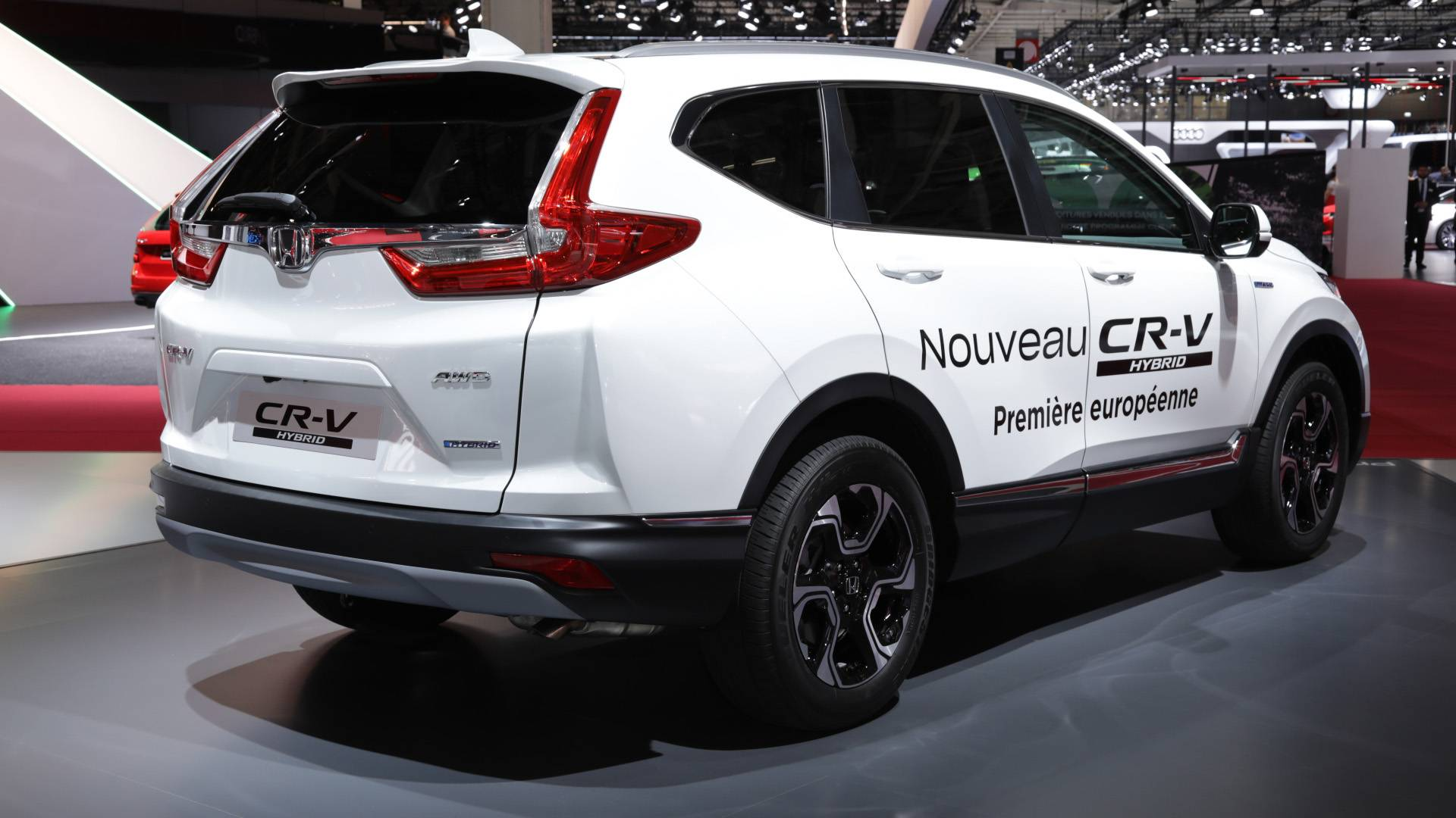 Production Ready Honda Cr V Hybrid Arrives At Paris Motor Show