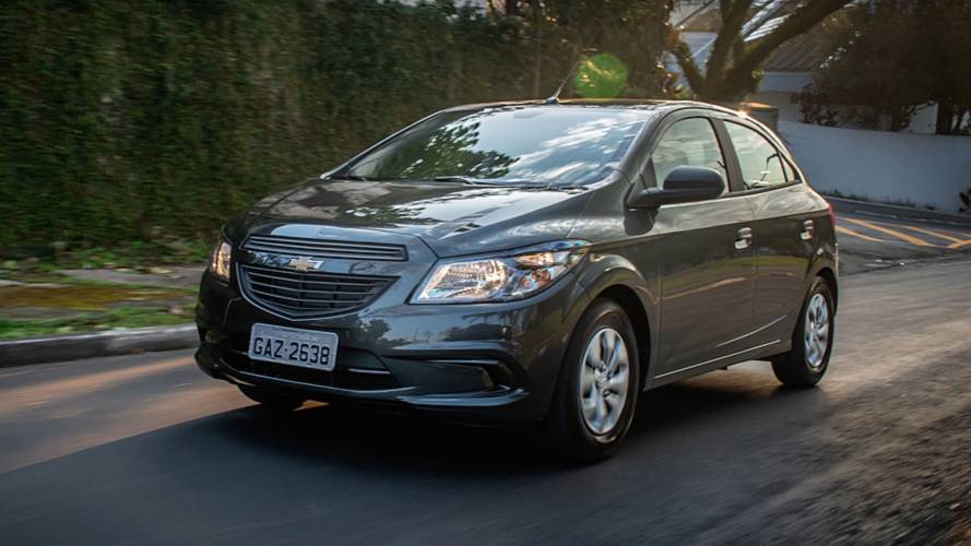 CARPLACE TV: Avaliação do Chevrolet Onix Joy 2017