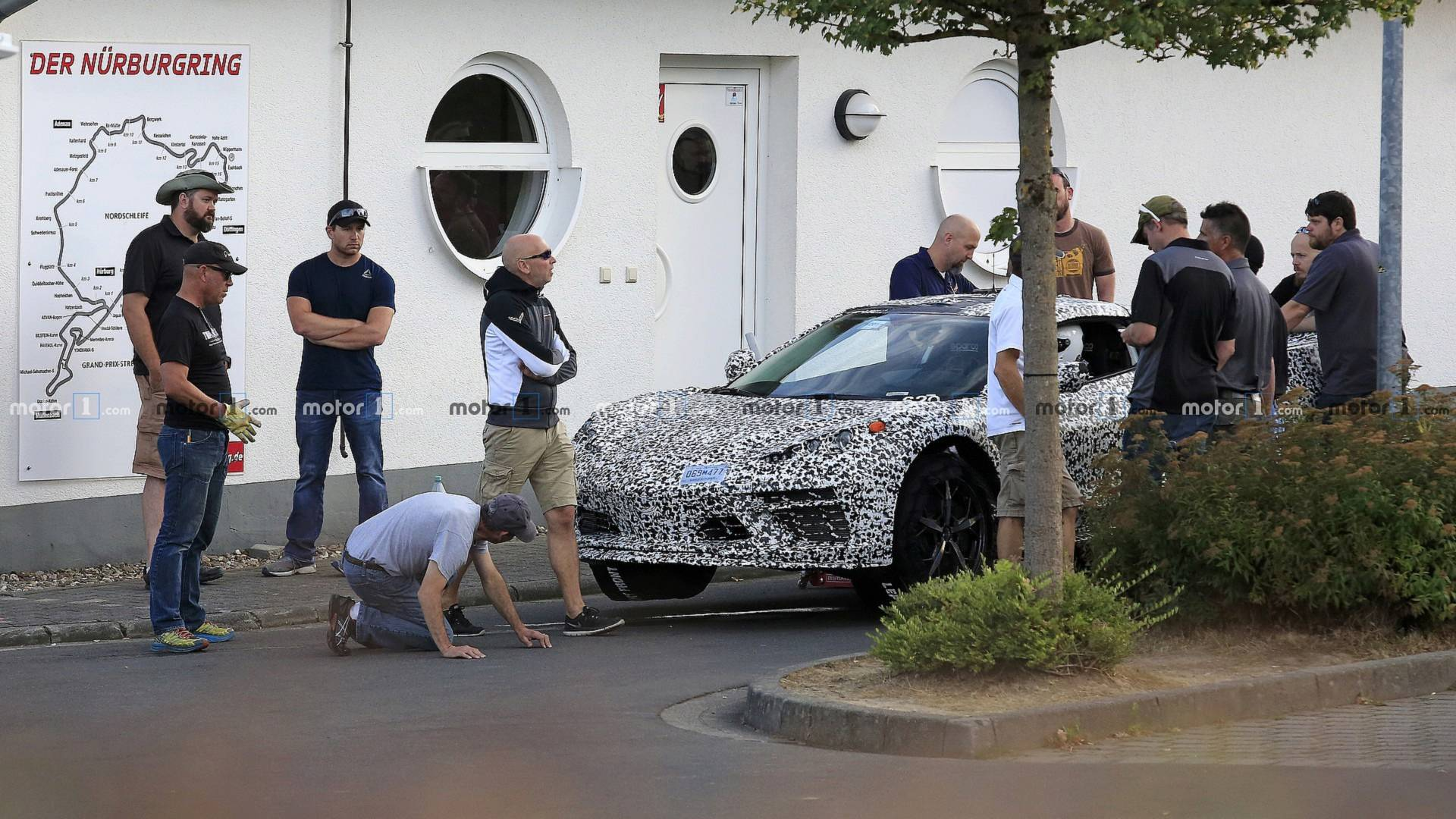 Mid-Engined Corvette Delayed Due To 'Major Electrical Issue'?