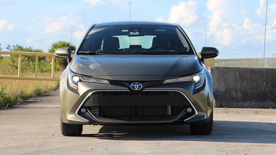 Toyota USA Website Lets You Compare Corolla To A Ferrari 488