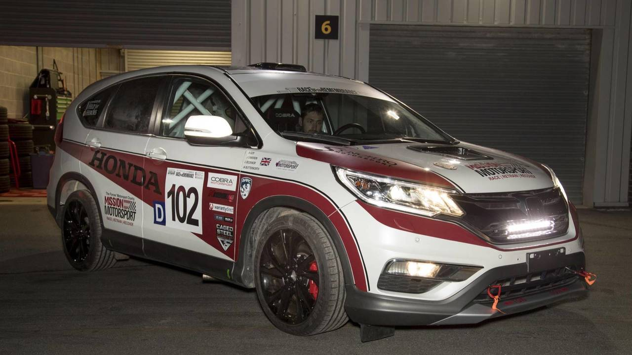 2017 Honda CR-V racing car
