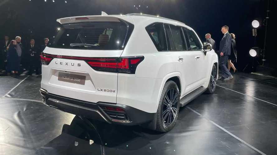 2022 Lexus LX 500d