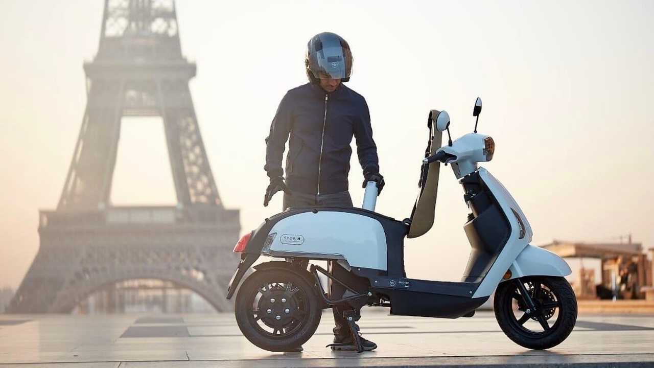 Mob-ion TFT Hydrogen-Electric Hybrid Scooter