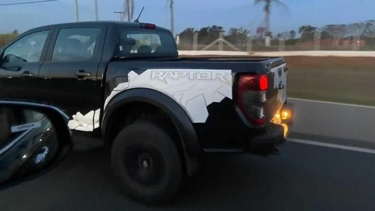 Ford Ranger Raptor - Flagra no Brasil