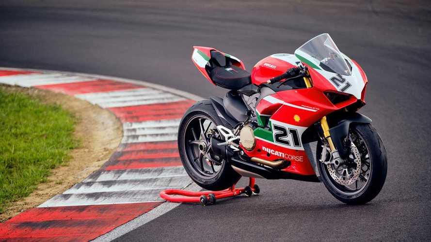 Ducati Mulai Produksi Bayliss Panigale V2 Limited Edition