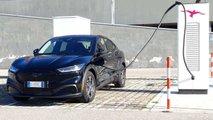 Ford Mustang Mach-E Extended Range im Stromverbrauchs-Test